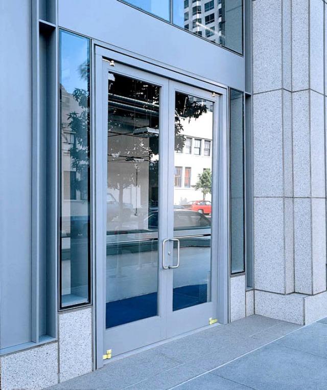 Extruded Aluminum Concealed Shaft (Flush) & Design Options | Ellison Bronze - Custom Crafted Balanced Doors
