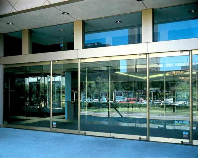 Tempered Glass Balanced Door